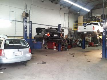 Garage expert en pneus blainville for Garage changement de pneu